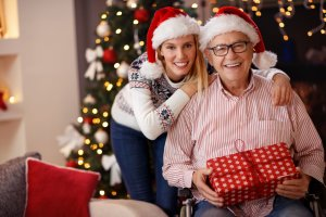 celebrating-christmas-with-senior-loved-one